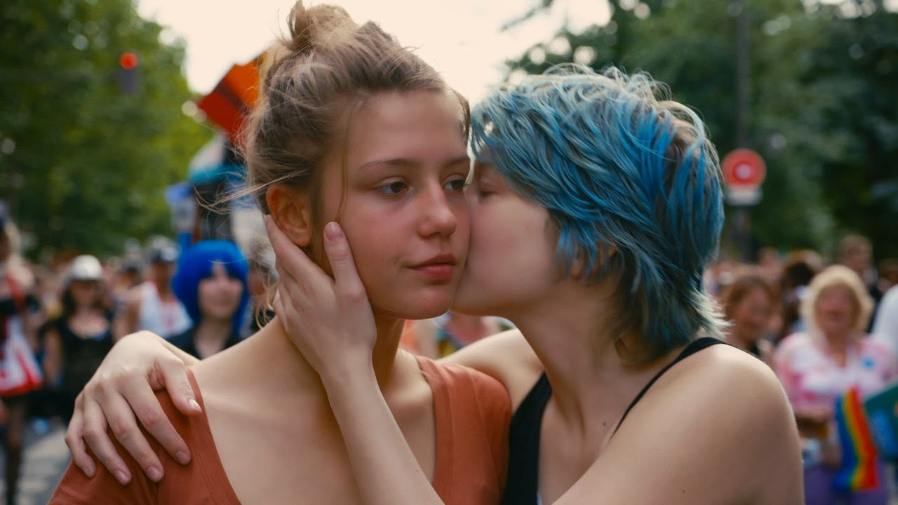 Book Review: Blue is the Warmest Color